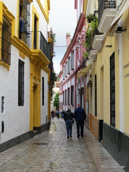 An Evening walk in Santa Cruz, Seville (124)