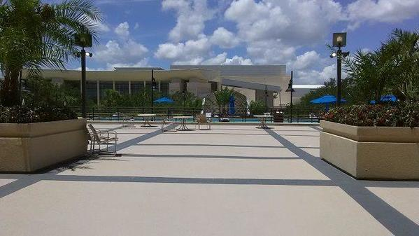 Hyatt-Regency-Orlando-Outside-Area