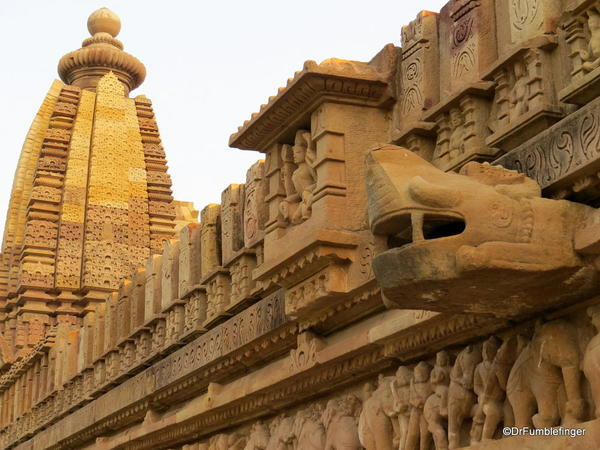 15 Khajuraho temples and town (72)