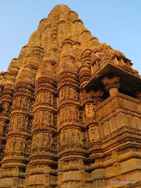 17 Khajuraho temples and town (103)