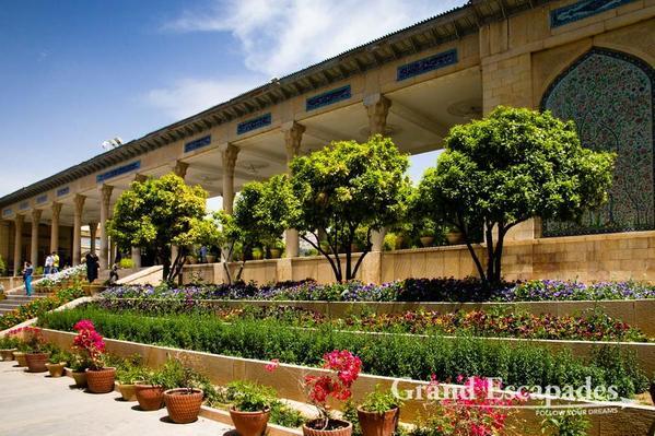 Iran-GardensOfShiraz-103