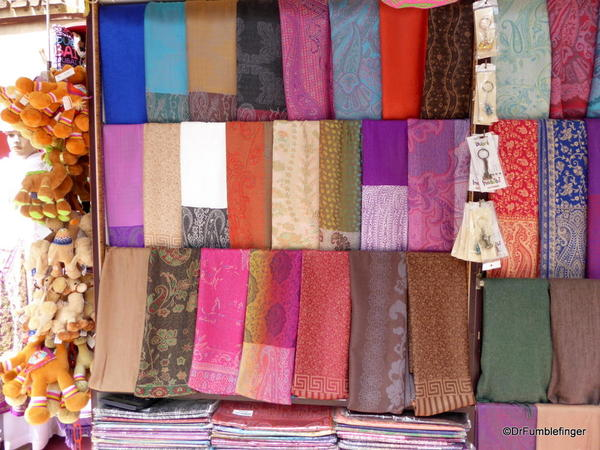 10 textile souk, Dubai (15)