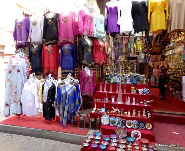 11 textile souk, Dubai (19)