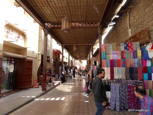 17 textile souk, Dubai (23)