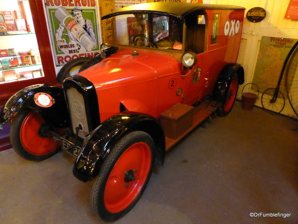 14 Cotswold Motoring Museum and Toy Collection. Rover 8 Van 1922 (76)