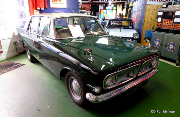 17 Cotswold Motoring Museum and Toy Collection. 1964 Ford Zephyr 6 MK3