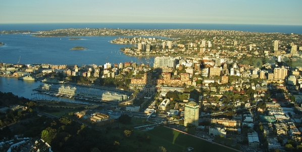 View_from_Sydney_Tower_Eye_-_panorama