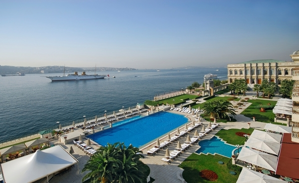 Ciragan Palace Kempisnki Istanbul (4)1