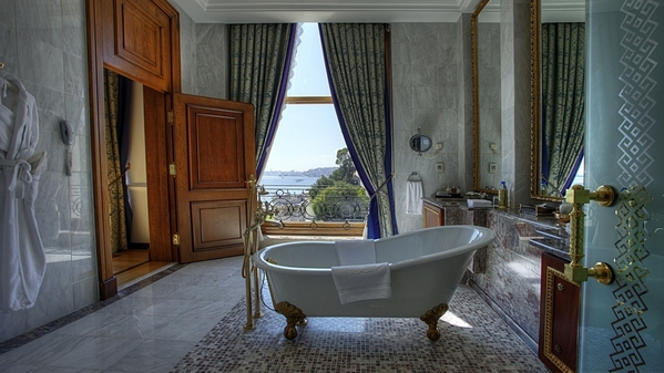 sultan suite_guest bathroom