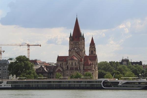 Danube-Casstle