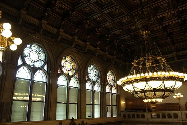 Rathaus-Chamber-Windows