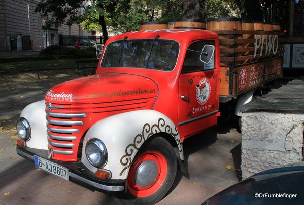 02 PIWO beer truck