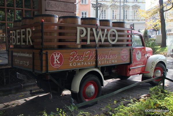 06 PIWO beer truck