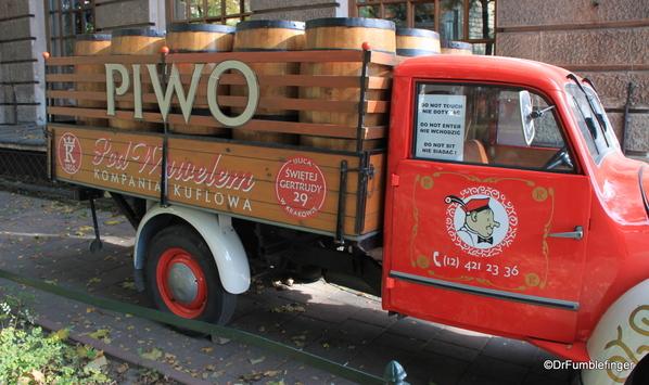 07 PIWO beer truck