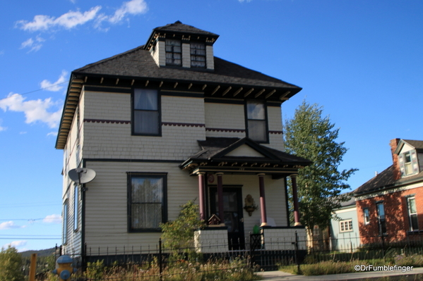 11 Homes in Leadville