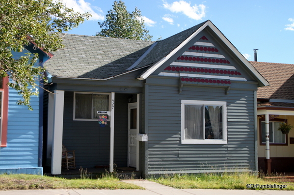16 Homes in Leadville
