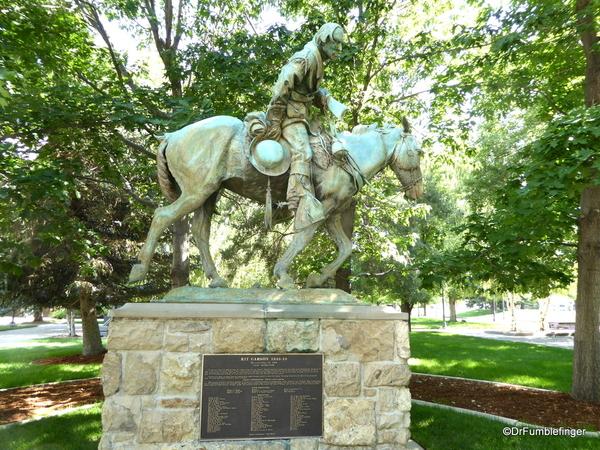 03 Kitt Carson statue