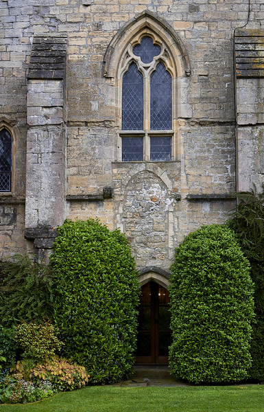 Markenfield door window 1905 +++