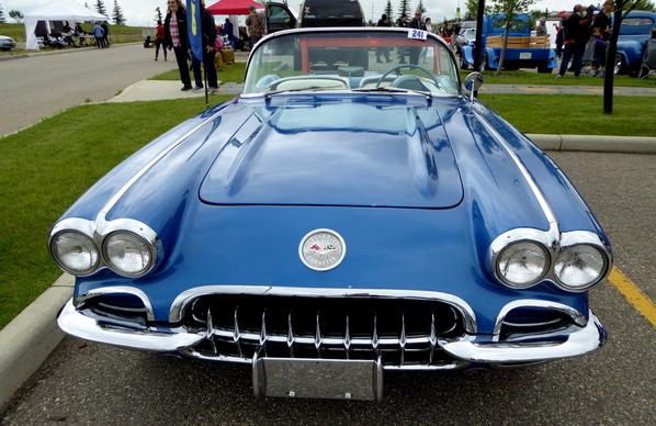 1960 Chevrolet Corvette (2)