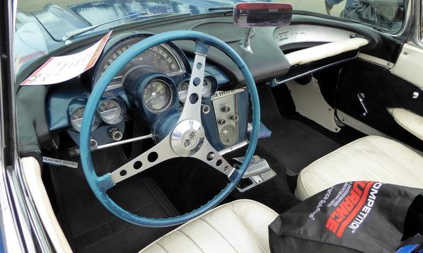 1960 Chevrolet Corvette (7)