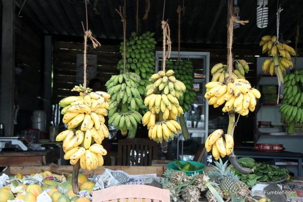 04 Roadside markets Trip to Nuwara Eliya, Sri Lanka (14)