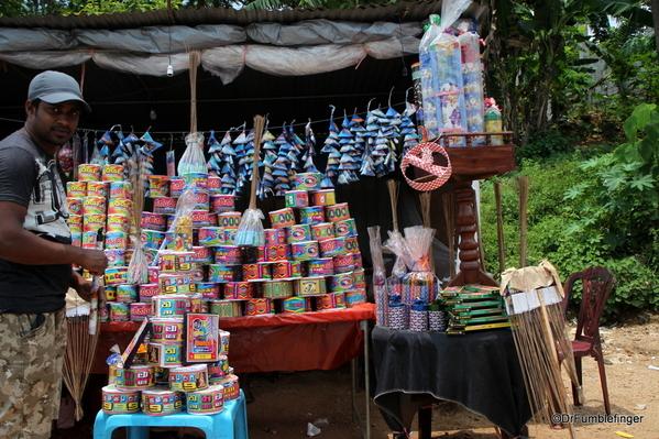 08 Roadside markets Trip to Nuwara Eliya, Sri Lanka (31)
