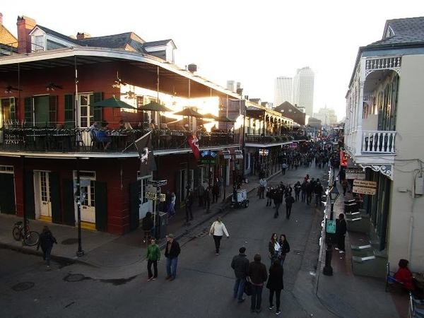 Bourbon-Street-3