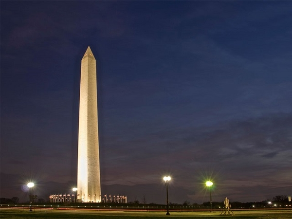 Washington-Monument - night