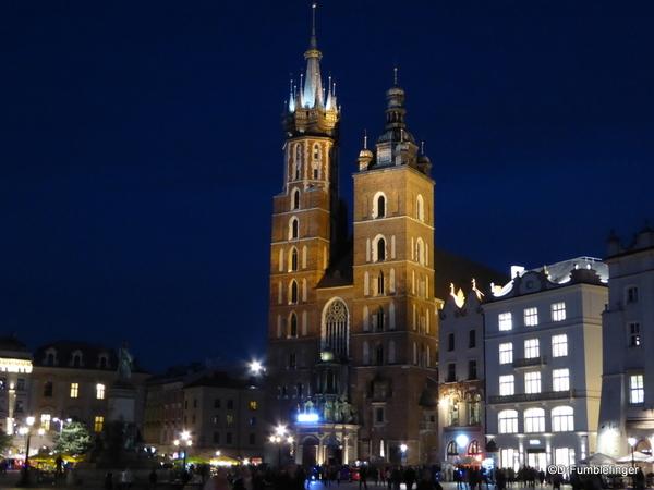 02 St. Mary's Basilica, Krakow