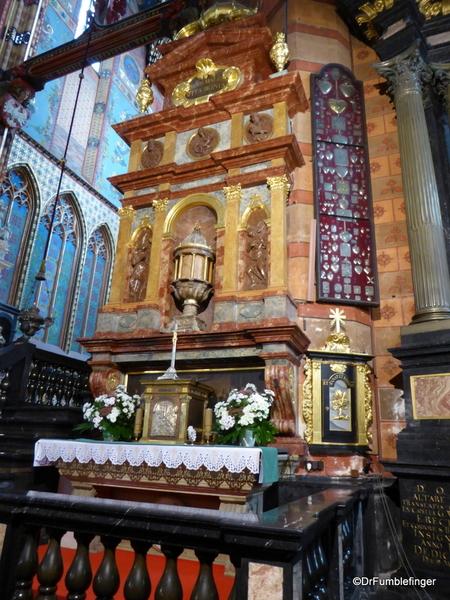 22 St. Mary's Basilica, Krakow