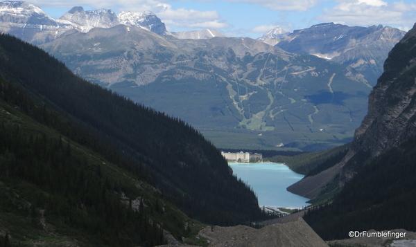 Plain of Six Glaciers 03