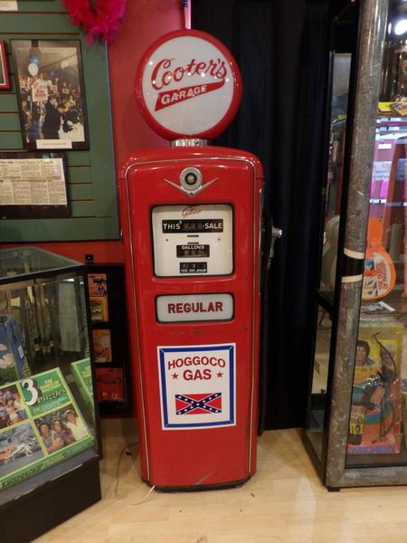 Cooter's Gas Pump