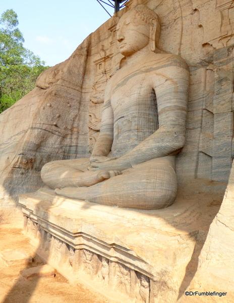 08 Gal Vihara Samadhi statue
