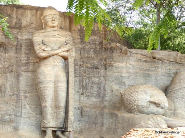 15a Gal Vihara Standing Statue
