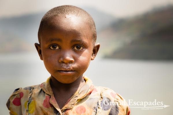 Uganda-LakeBunyonyi-105
