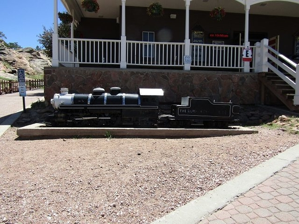 Royal-Gorge-Plaza-Theater