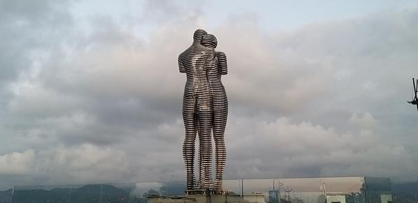103 2019-10-27 Georgia Batumi Ali _ Nino 54