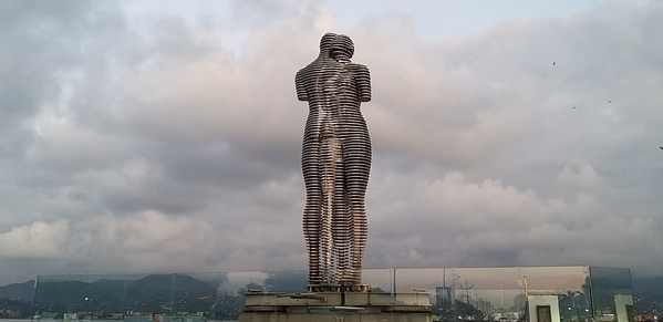 104 2019-10-27 Georgia Batumi Ali _ Nino 61