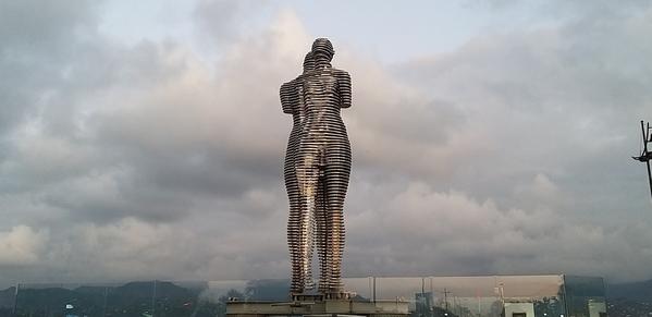 105 2019-10-27 Georgia Batumi Ali _ Nino 78