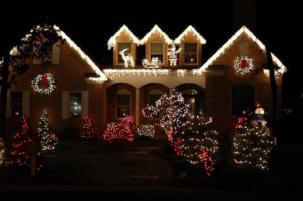 House-at-Christmas