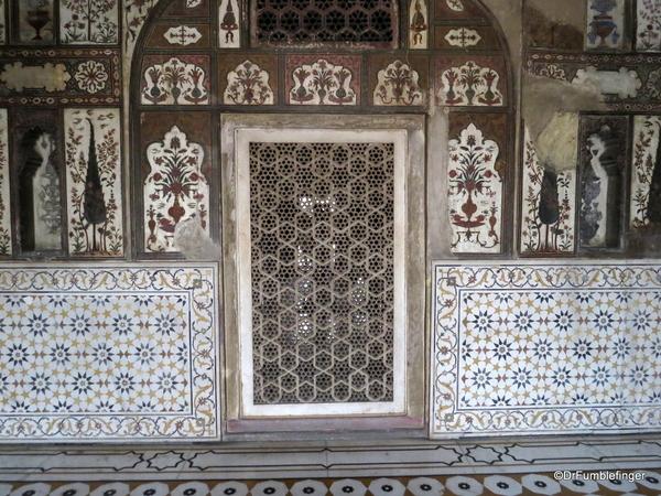 16 Tomb of Itimad Ud Paulah (48)