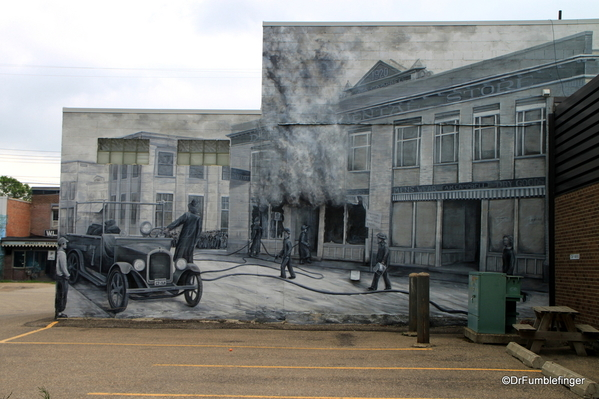 Murals of LaCombe (5)