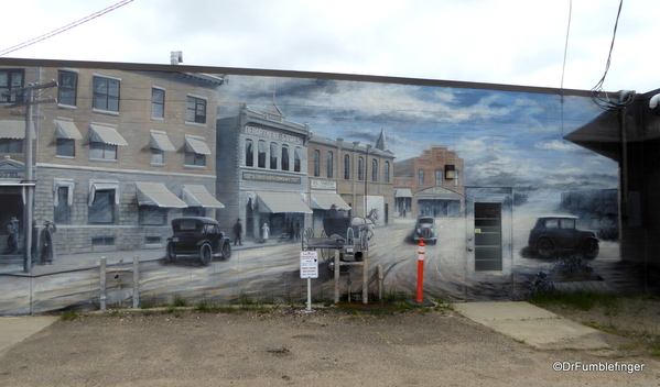 Murals of LaCombe (9)