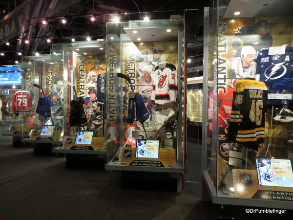 06 Hockey Hall of Fame