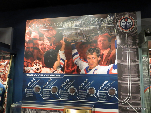 19 Hockey Hall of Fame
