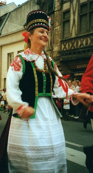 dijon parade lady costume