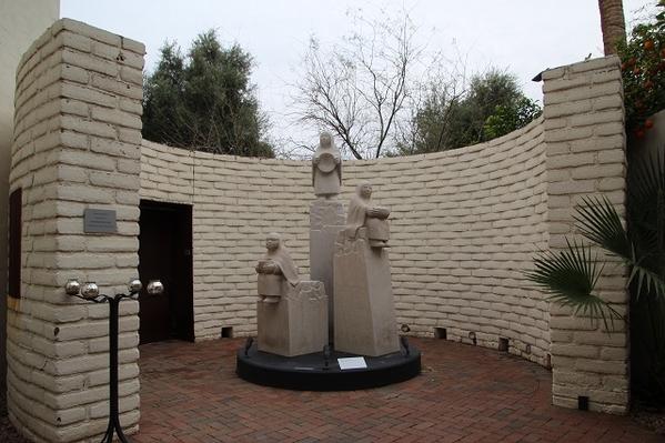 Heard-Statue