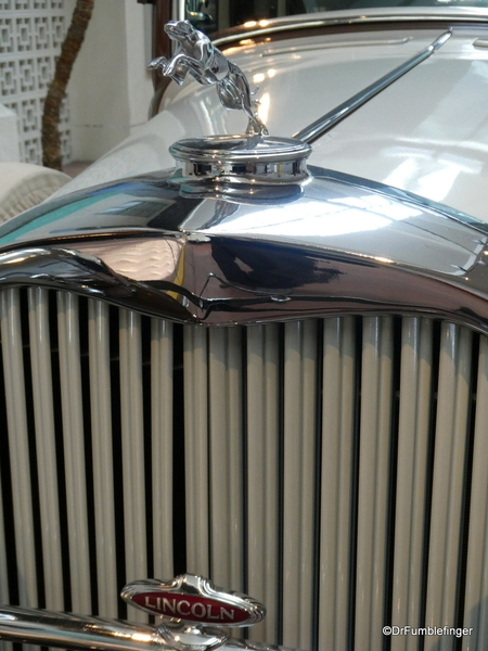 1932 Lincoln, National Automobile Museum (1)