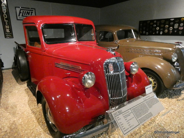 1937 REO pickup National Automobile Museum (2)