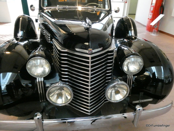 1938 Cadillac Touring Sedan -- National Automobile Museum (2)